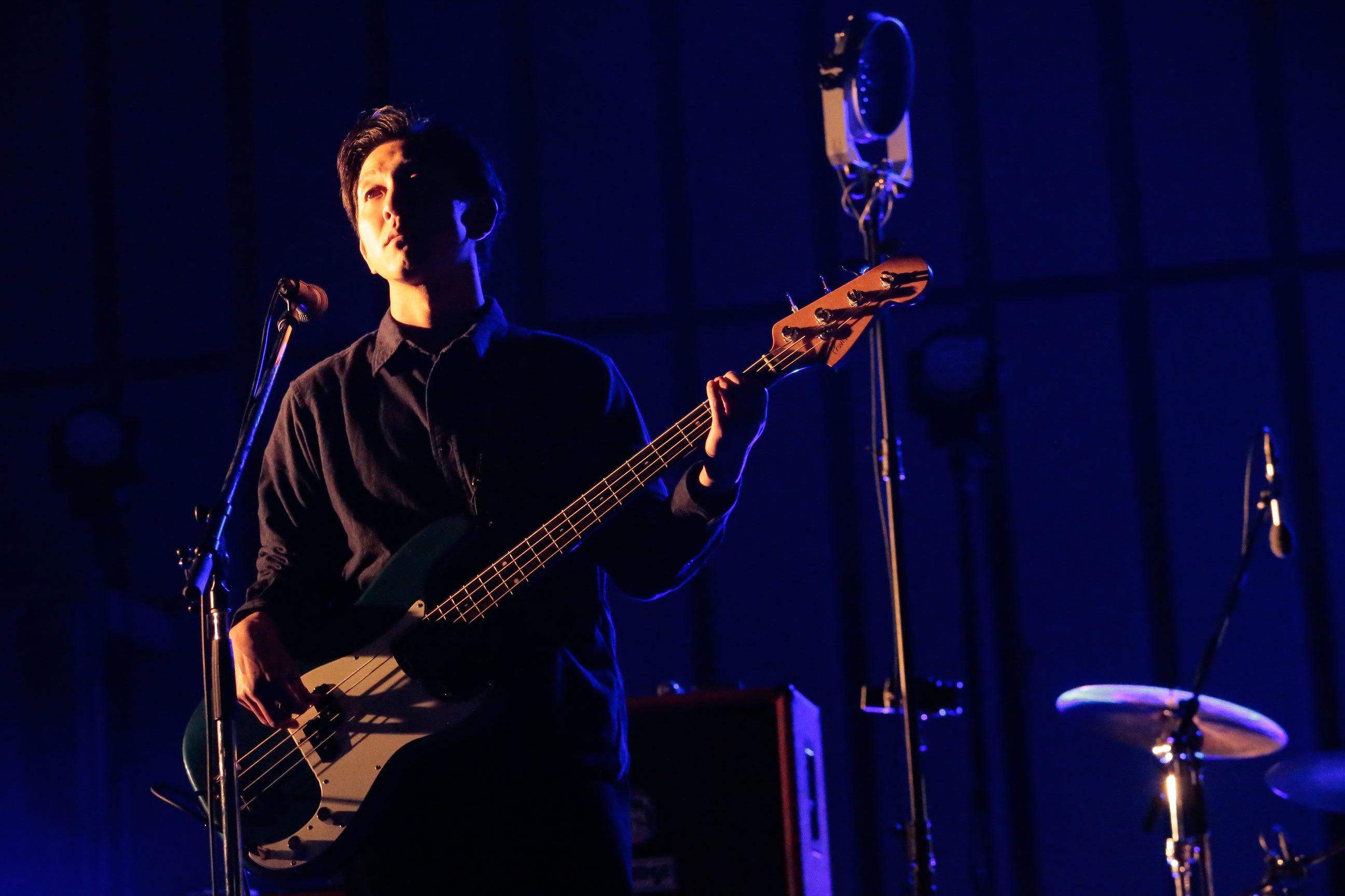 新田紀彰(Bass)