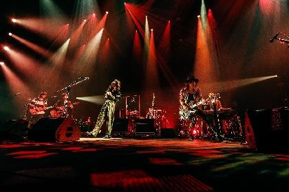 LOVE PSYCHEDELICO、20周年ツアー開幕 初日の埼玉・三郷市文化会館公演オフィシャルレポート