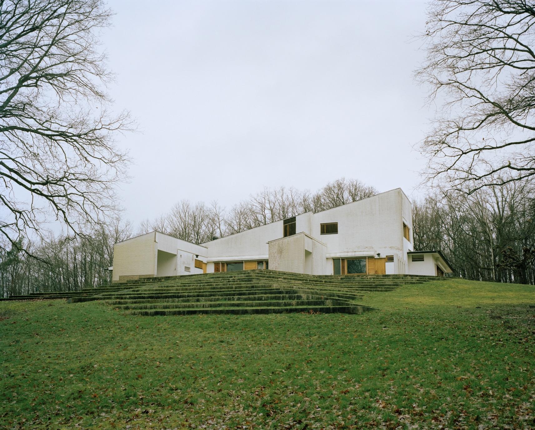 アルミン・リンケ撮影、ルイ・カレ邸/Alvar Aalto, 1956-59/61-63 (C)Armin Linke, 2014
