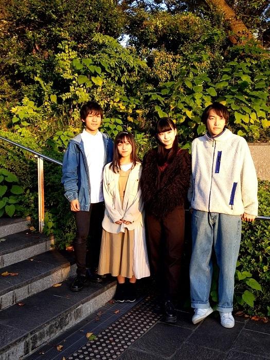 (左から)伊藤厚志・髙原華乃・渡来美友・菊池銀河