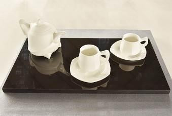 オリジナルデザイン部門 大賞・経済産業大臣賞「白蟲」