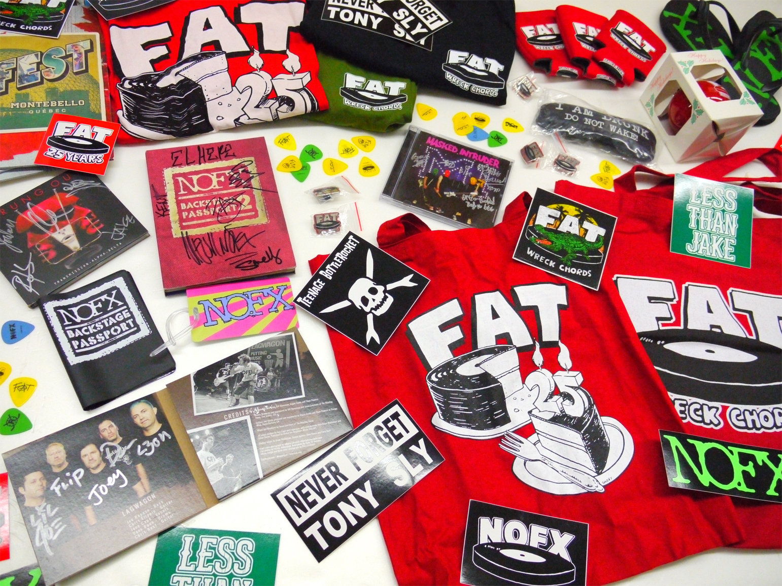FAT WRECKED FOR 25 YEARSプレゼント小物参考画像