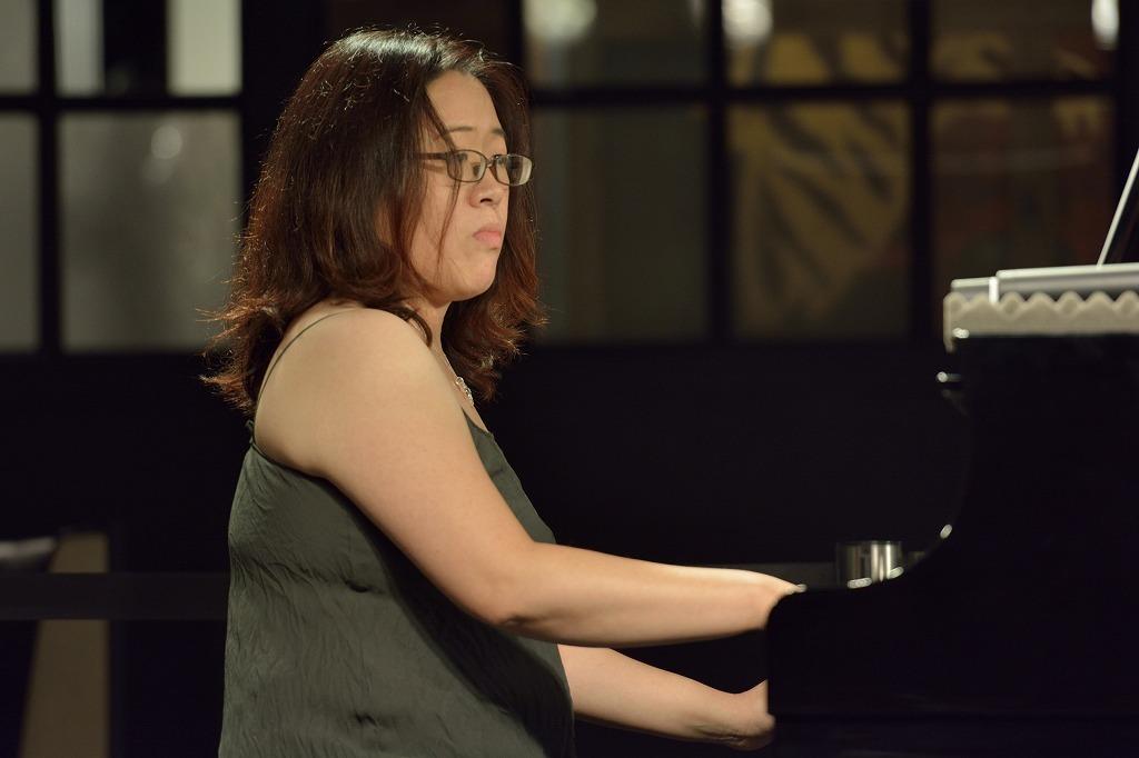 原田恭子(ピアノ)