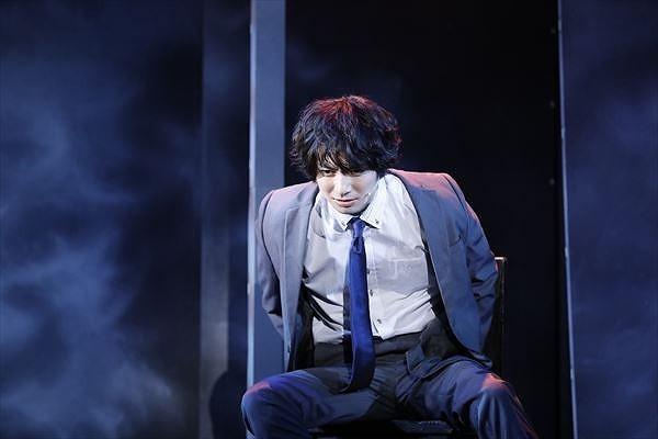 霧島(和田琢磨) (C)Manabu Kaminaga/KADOKAWA/エイベックス・ピクチャーズ