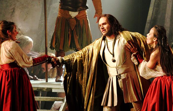 MICHAEL FABIANO AS DUKE OF MANTUA   (C)ROH.CATHERINE  ASHMORE