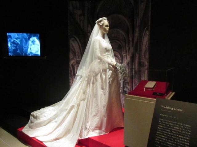 日本初公開となるウエディングドレス