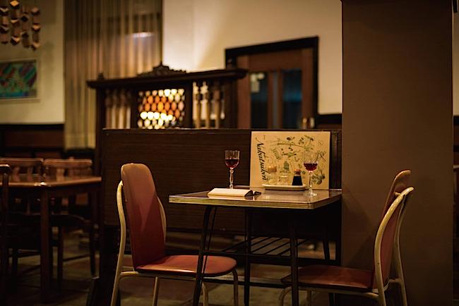 会場のひとつ、老舗洋食店の「中津軒」  撮影:松原豊