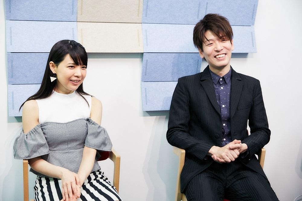 (左から)寺下真理子、SUGURU