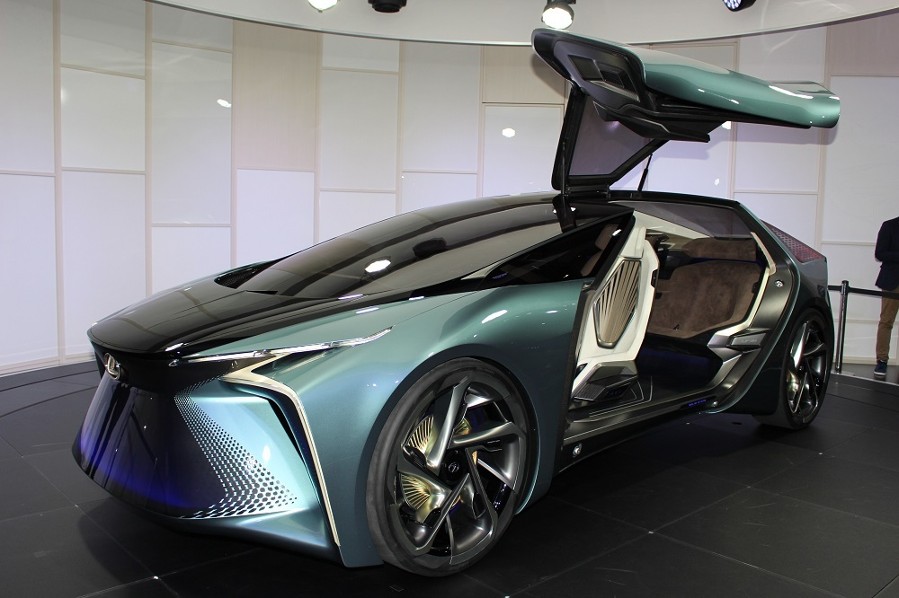 レクサスの電気自動車(EV)のコンセプトカー「LF-30 Electrified」