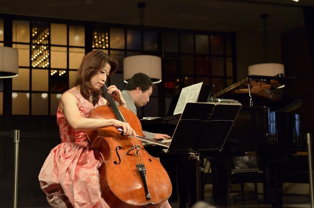 長谷川陽子(チェロ)、田中英明(ピアノ)