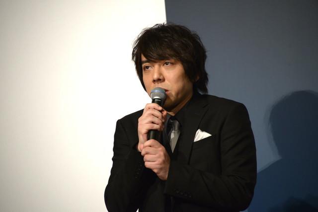 映画「娼年」完成披露舞台挨拶の様子。脚本・監督の三浦大輔。