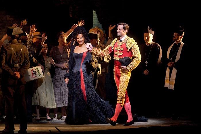 《カルメン》(c)Marty Sohl/Metropolitan Opera