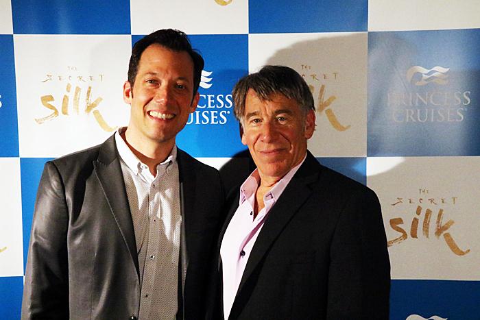 (左)ジョン・タータグリア、(右)スティーヴン・シュワルツ (撮影:安藤光夫)