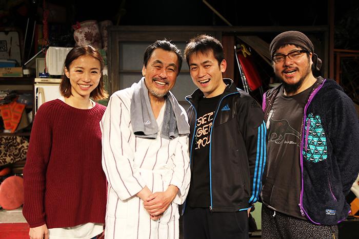 東京No.1親子(左から)安藤聖、佐藤B作、佐藤銀平、福原充則
