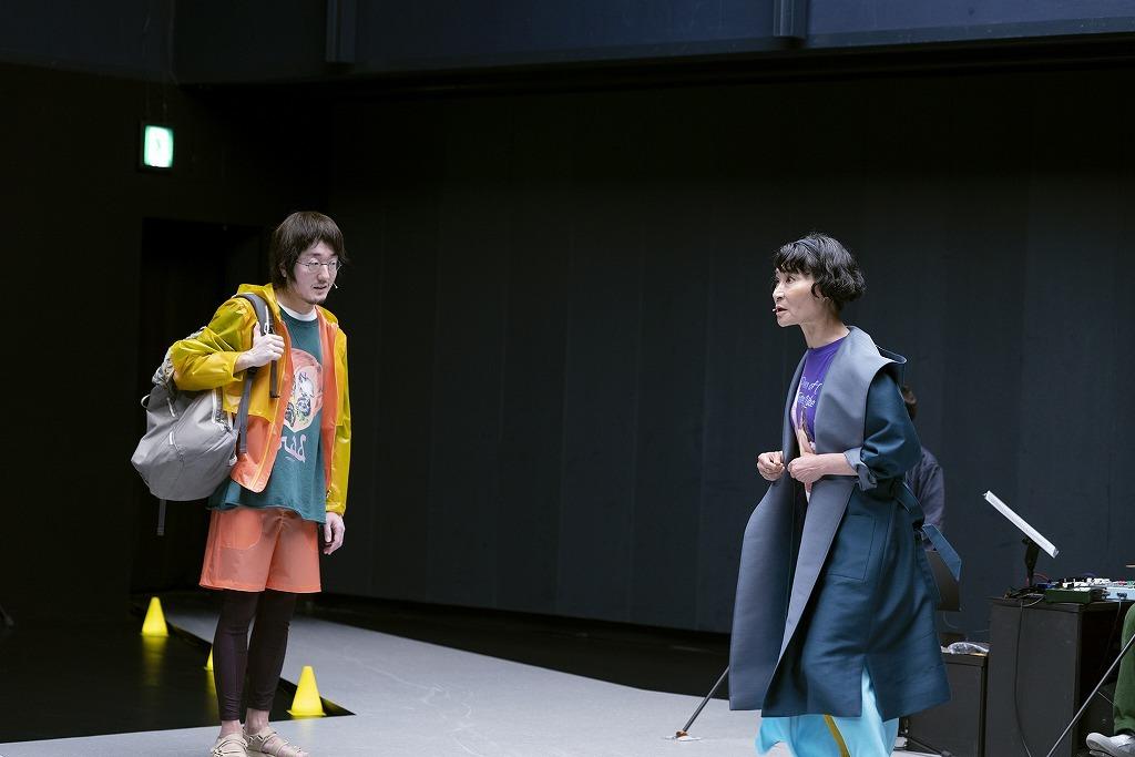 『挫波(ザハ)』より  撮影:高野ユリカ/ Yurika Kono