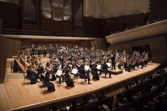新日本フィルハーモニー交響楽団 (C)K.MIURA