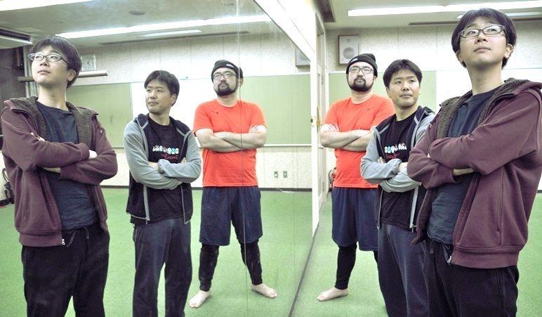 (右から)男肉 du Soleilの城之内コゴロー(J)、江坂一平(先輩)、池浦さだ夢(団長) [撮影]吉永美和子(このページすべて)