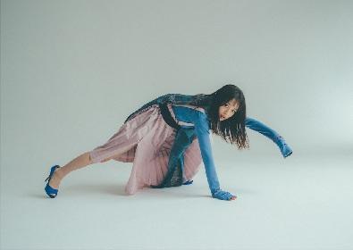 女優・広瀬すずがこだわりのファッションで魅せる 『広瀬すず2020カレンダー』予約がスタート