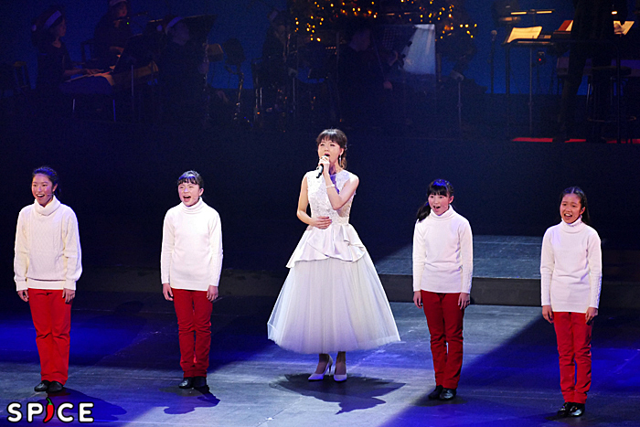 「O Holy Night」 (©NTV)