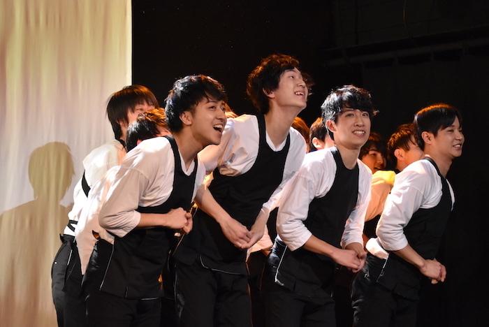 「浅草軽演劇集団・ウズイチ」のメンバー