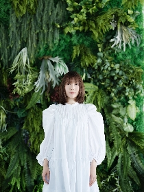 半崎美子、新曲「ロゼット~たんぽぽの詩~」MV公開