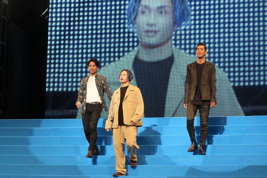 【九龍グループ】(左から)小野塚勇人、橘ケンチ、小林直己 橘:皆さん元気ですか!ついにHiGH&LOWムービー2完成しました。そして初参戦の方ですよね? 小林:よろしくお願いします。