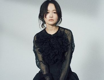 NakamuraEmi、3ヶ月連続デジタルシングル第2弾は「投げキッス」