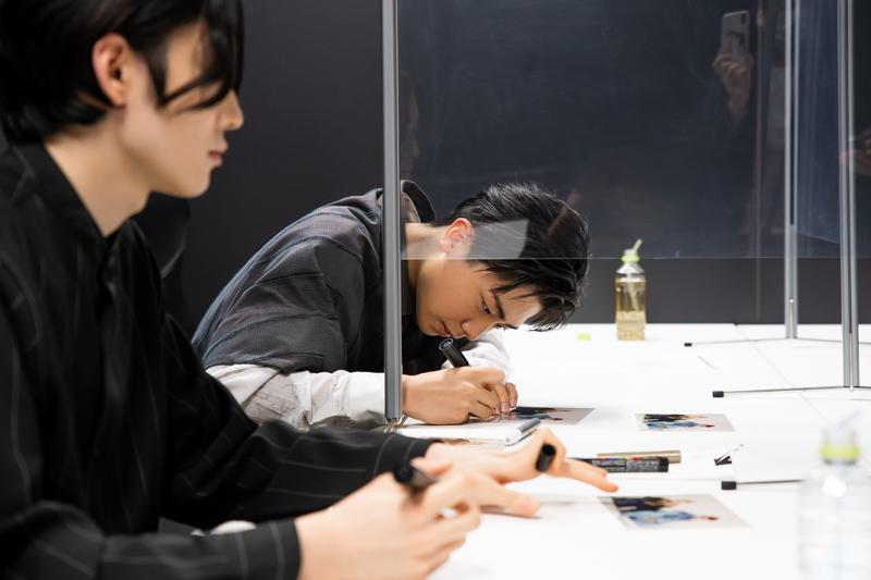 (左から)市川染五郎、市川團子