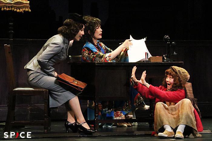 (左から)笠松はる、マルシア、荒井美虹