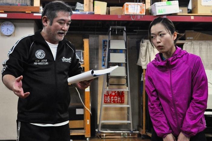 作・演出の後藤ひろひとも、全ストーリーの中でエキストラ的に出演する。