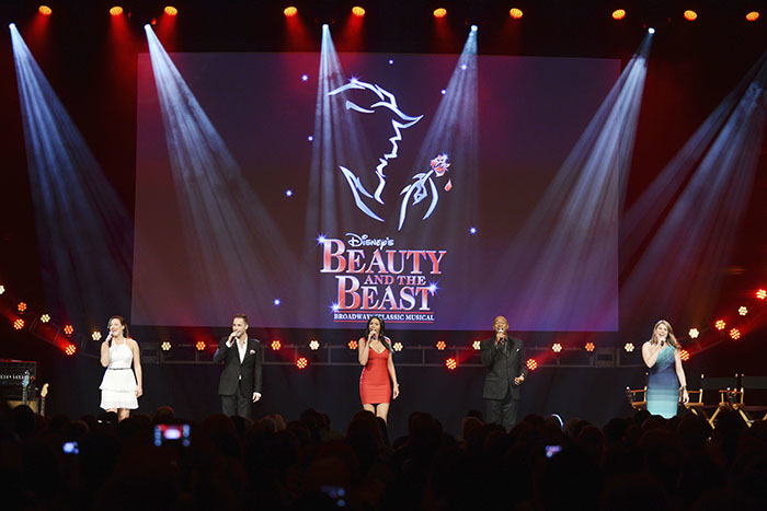 「Beauty and the Beast」 (c)Disney ※写真は、2016年ロンドン公演より