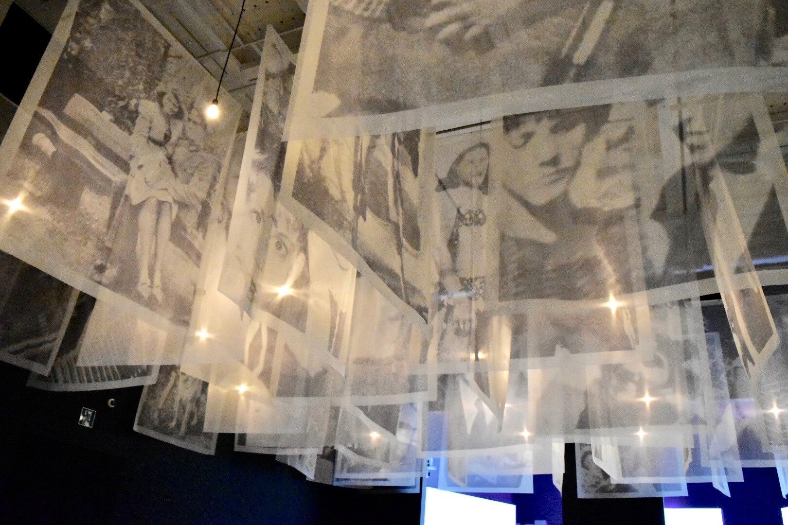 《スピリット》 2013年 「クリスチャン・ボルタンスキー −Lifetime」展 2019年 国立新美術館展示風景
