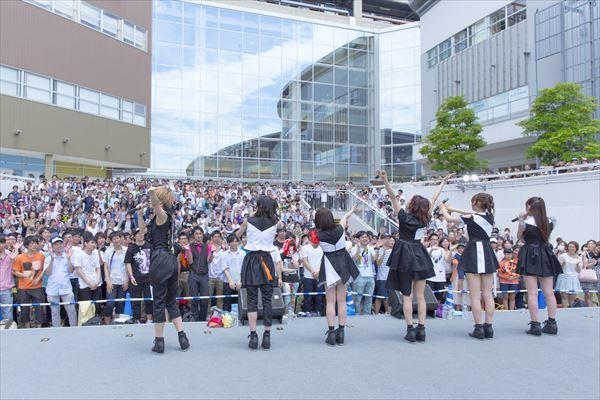 i☆Ris Photo:KOSUKE USHIZIMA