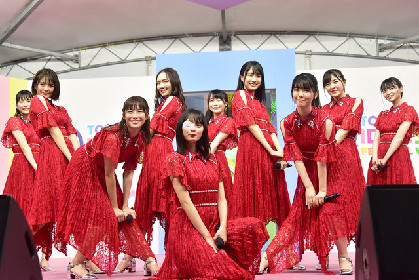 乃木坂46 4期生が「TIF」初登場、夜のSMILE GARDENにフレッシュな空気届ける