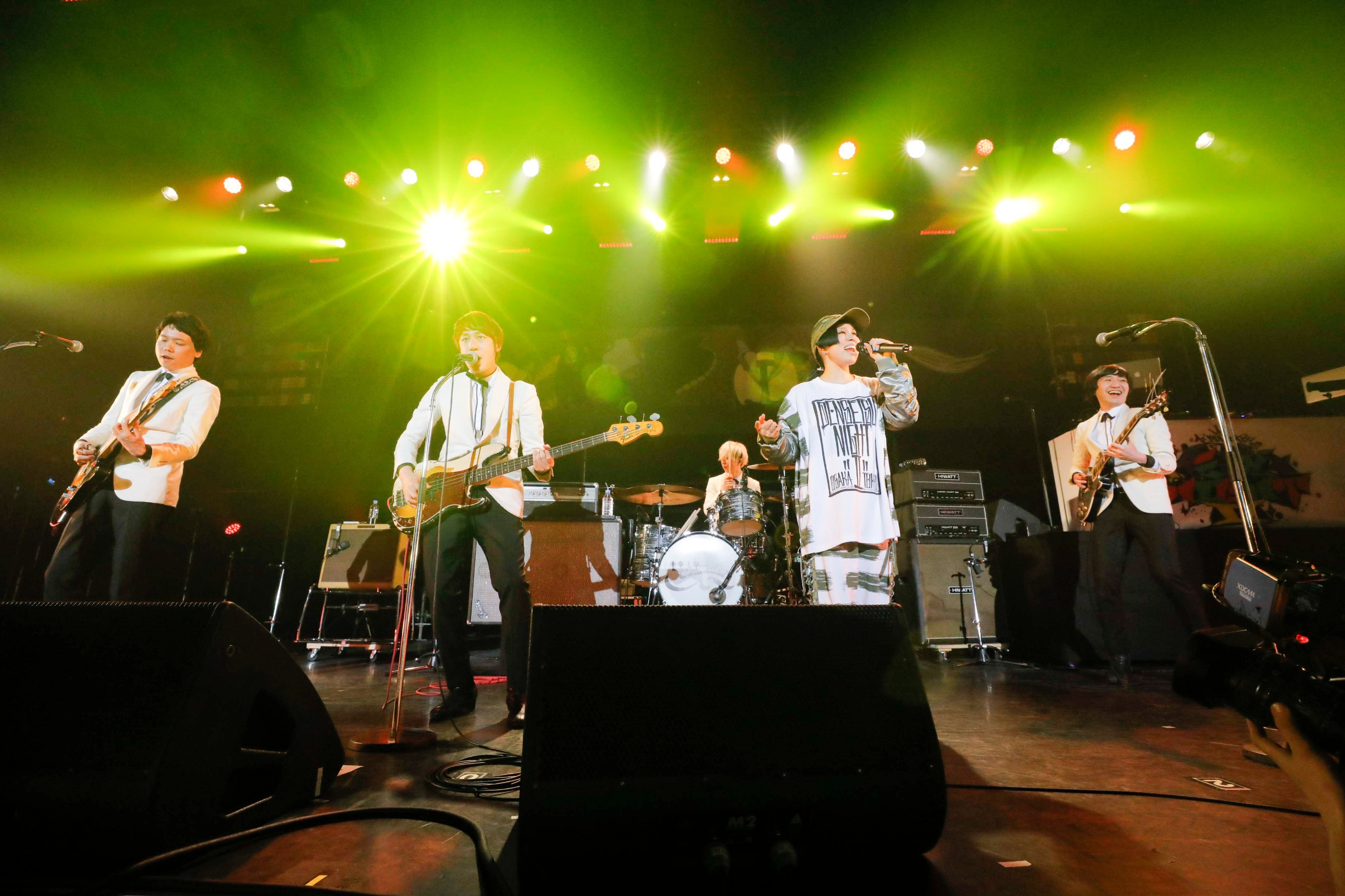 THE BAWDIES photo by HAJIME KAMIIISAKA