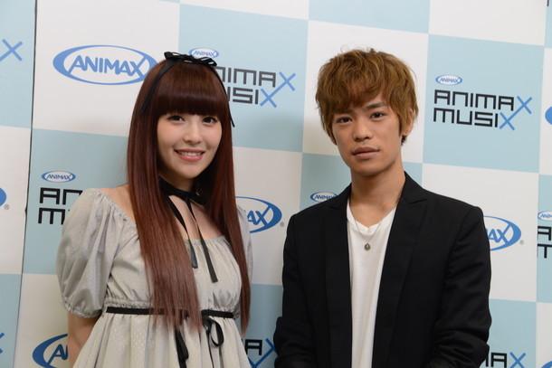 「ANIMAX MUSIX」の会見に出席した黒崎真音と小野賢章。