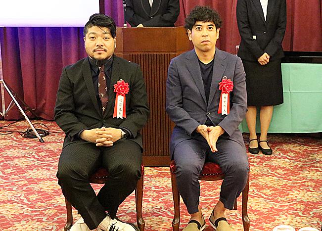 (左から)福原充則・神里雄大