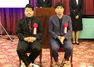 顔の濃い二人(神里雄大・福原充則)が同時受賞、第62回岸田國士戯曲賞授賞式レポート
