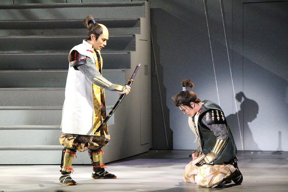 (左から)徳川家康役の鷲尾 昇、松平信康役の大野瑞生