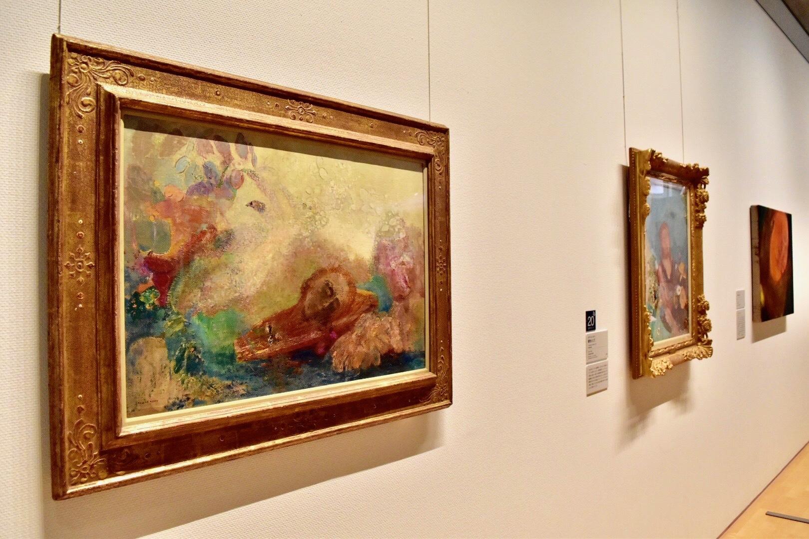 左:オディロン・ルドン 《オルフェウスの死》1905-1910年頃 岐阜県美術館