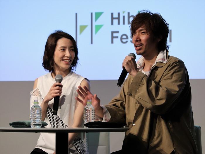(左から)早霧せいな、桜木涼介 撮影:こむらさき