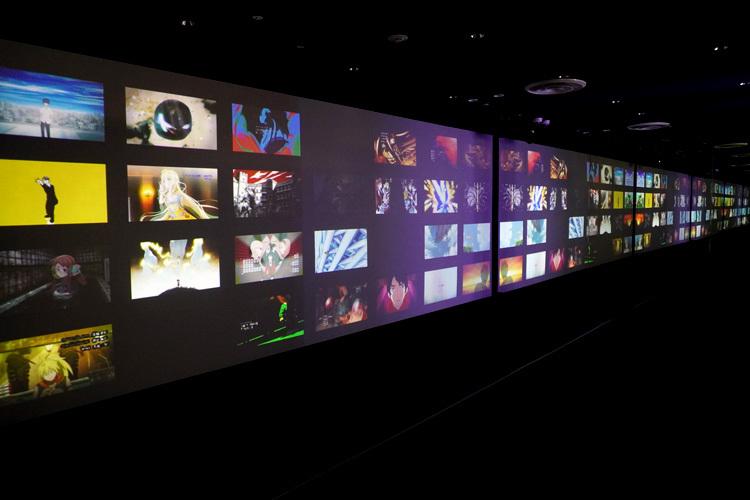 巨大スクリーンにMAPPAの名作がずらり。