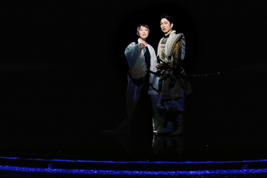 (左から)若村麻由美、野村萬斎 撮影:細野晋司