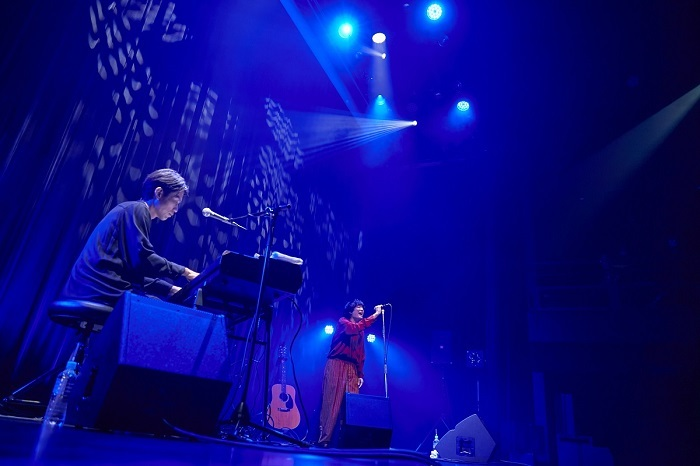 石崎ひゅーい Tour 2021『for the BLACKSTAR』-Acoustic Set- (C)鳥居洋介