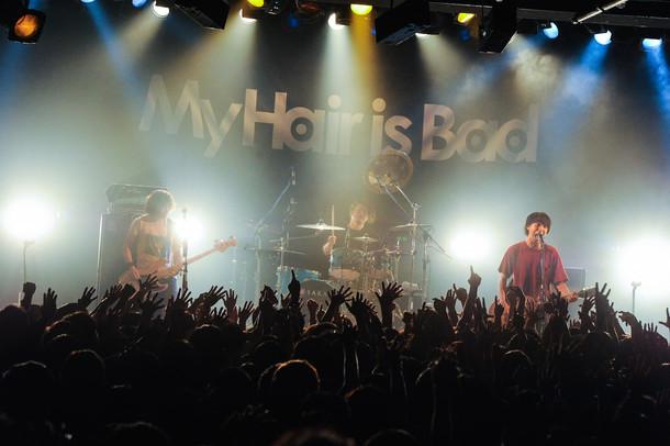 My Hair is Bad「ホームランツアー 2016」東京・LIQUIDROOM公演の様子。(Photo by MASANORI FUJIKAWA)