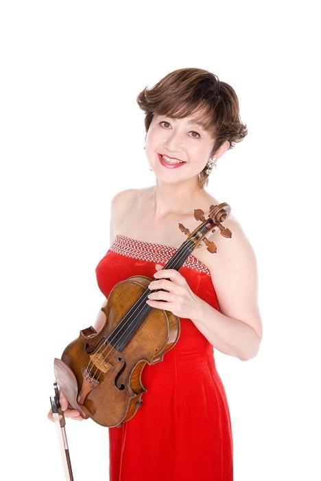 愛用のヴァイオリンは1708年製のピエトロ・グァルネリ。なんと誕生から今年が310年! (C)Masashige Ogata