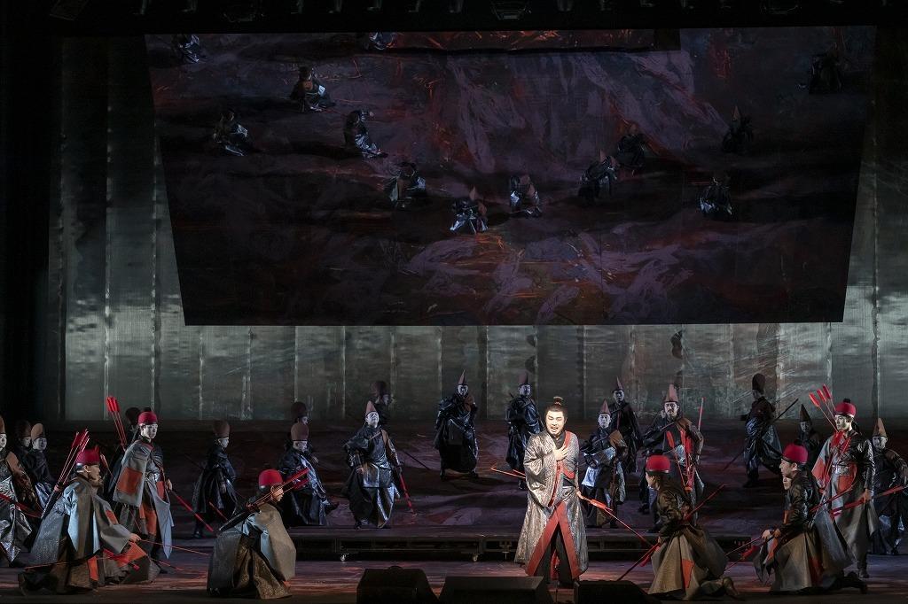 オペラ『紫苑物語』  撮影:寺司正彦