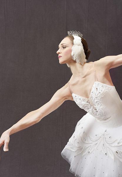 エレーナ・フィリピエワ『白鳥の湖』