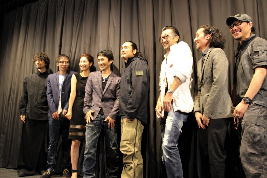 左から、斎藤工、いしだ壱成、長谷部瞳、下村勇二監督、TAK∴(坂口拓)、大塚明夫、望月オーソン、稲川義貴氏