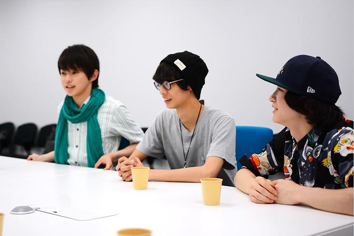 (左から)佐藤智広、栗原大河、吉田翔吾